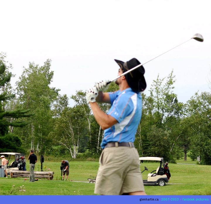somehow the only pic of me golfing on my camera shows me looking awfully high in the air…